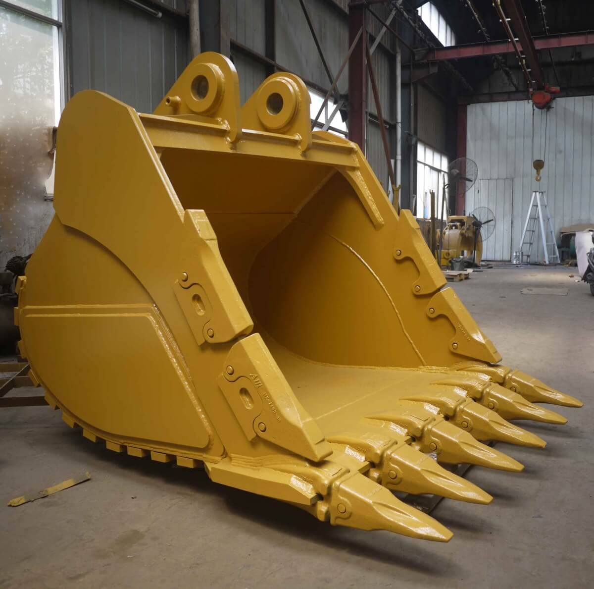 Excavator Bucket : Excavator bucket kardesler grab and machine